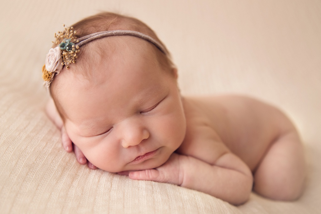 Denver Newborn Photographer | Brooke Brand New