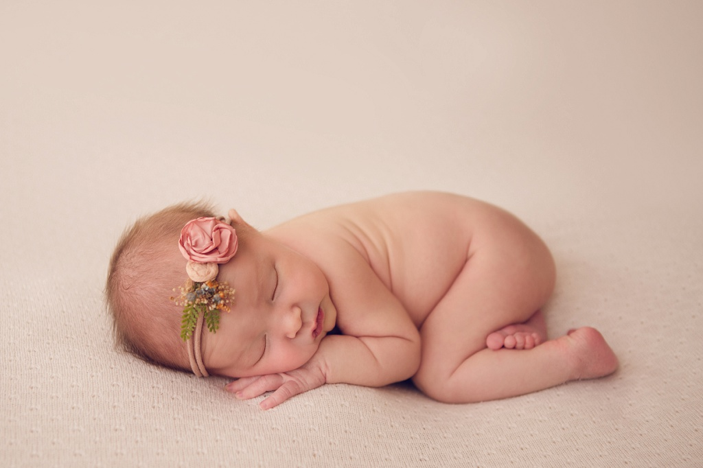 Denver Newborn Photographer | Juliana Brand New